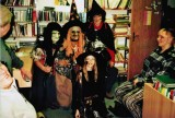Čarodějnice_v_knihovně
